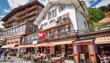 Lodge Hotel Eiger Guesthouse